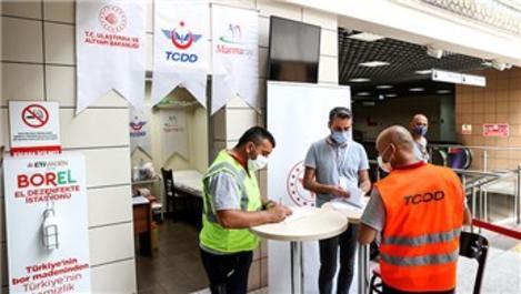 Yenikapı Marmaray İstasyonu'nda aşı uygulanmasına başlandı