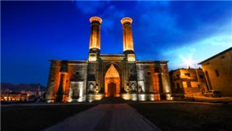 Erzurum Çifte Minareli Medrese'de sona gelindi!