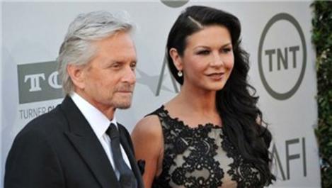 Catherine Zeta Jones-Michael Douglas çifti evini satışa çıkardı