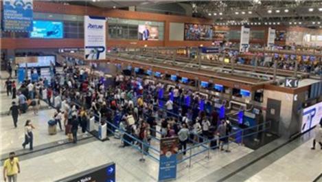 Sabiha Gökçen Havalimanı'nda bayram tatili yoğunluğu