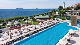 İstanbul Boğazı'nda havuz kullanımı günlük 1500 TL!