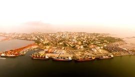 Gine'deki Konakri Limanı Albayrak Grubu tarafından büyütülüyor