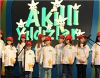 Soyak 50 bin öğrenciyi akıllı yıldız yaptı