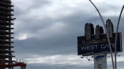 West Gate Residence ne durumda?