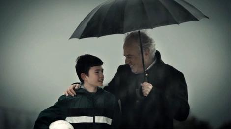 Mustafa Denizli, Avrupark reklamında oynadı!