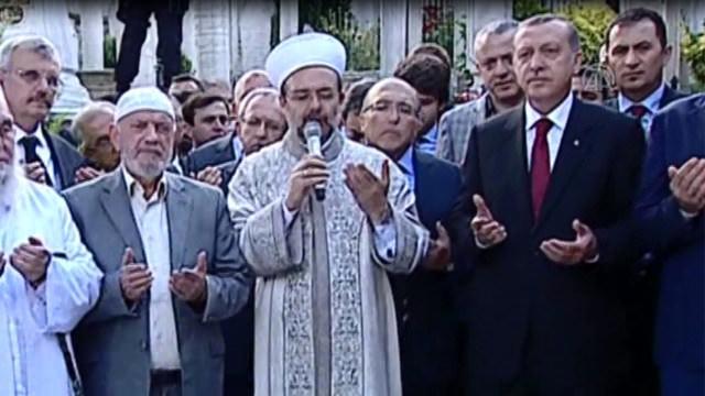 Eyüp Sultan Türbesi'nin açılışı böyle yapıldı!