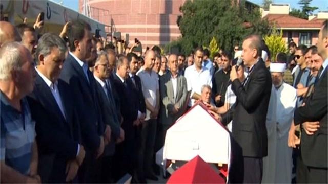 Cumhurbaşkanı Erdoğan, Erol Olçak ve oğlu için ağladı