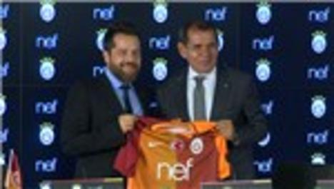 Nef ve Galatasaray canlı yayında imzaları attı