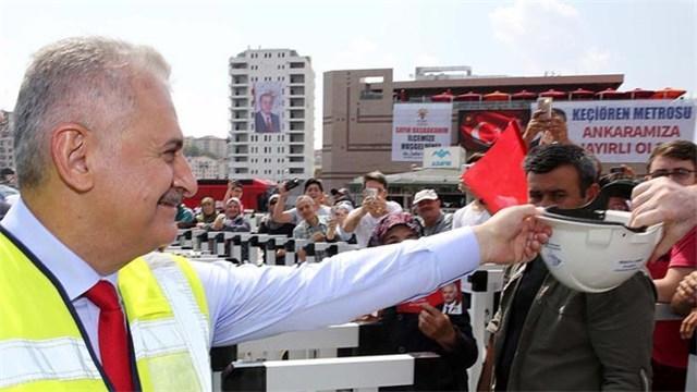 Binali Yıldırım: Dünyanın en büyük projelerini Türkiye yapıyor