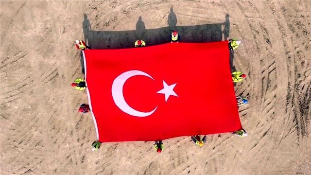 İstanbul Yeni Havalimanı çalışanlarından 29 Ekim'e özel koreografi!