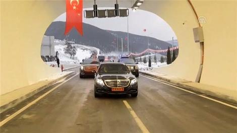 Binali Yıldırım, Ilgaz Tüneli'ni açtı!