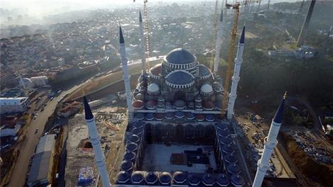 Çamlıca Camii havadan görüntülendi!