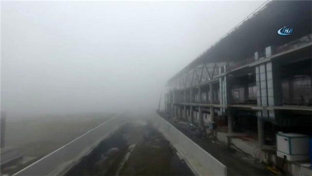 3. Havalimanı'nda sisli havaya rağmen inşaat devam etti!