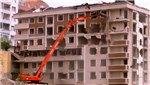 Gaziosmanpaşa'da 23 daireli riskli binada yıkım yapıldı