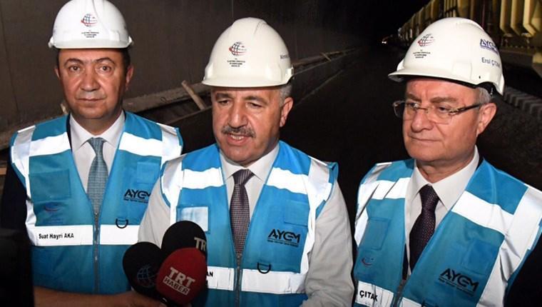 Bakan Arslan, Bakü-Tiflis-Kars Demiryolu Projesi'nde incelemelerde bulundu