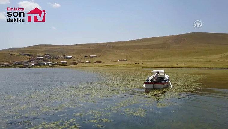 """''Türkiye'nin en yüksek rakımlı gölü"""" ziyaretçilerini bekliyor"""