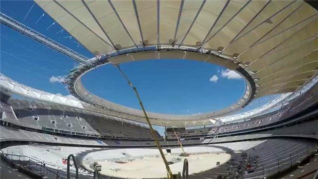 Atletico Madrid Stadı'nın çatı montajı böyle tamamlandı!