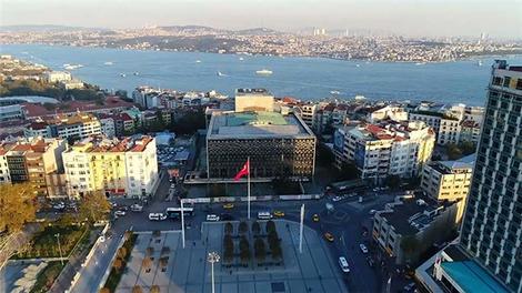 Taksim'deki AKM havadan görüntülendi!
