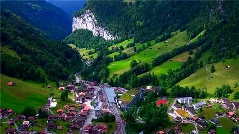 İsviçre'nin Alpleri'ndeki muhteşem kasaba!