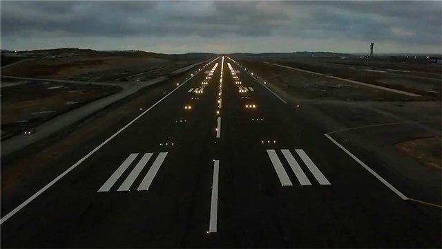 3. Havalimanı'nda ilk pist ışıkları yandı!