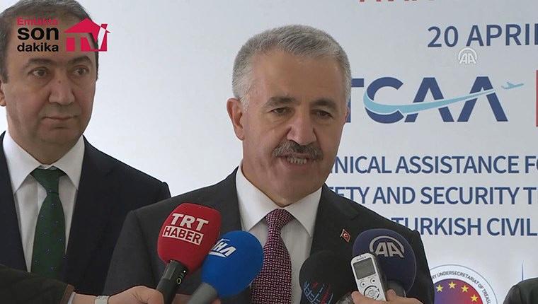 Bakan Arslan: 2020'de Çeşme - Alaçatı Havalimanı hizmete girecek