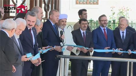 Cumhurbaşkanı Erdoğan, restore edilen Fatih Sultan Mehmet'in türbesini açtı
