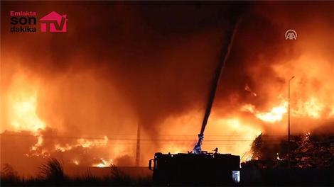 Osmaniye'de geri dönüşüm fabrikasında yangın
