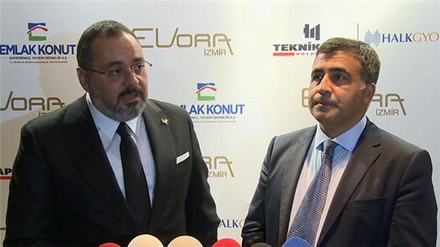 Umut Durbakayım ve Feyzullah Yetkin Evora İzmir'i anlatıyor