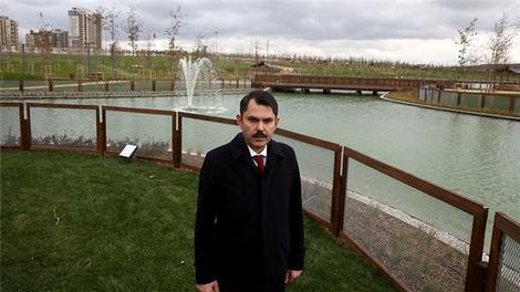 Bakan Kurum Başakşehir Millet Bahçesi'nde incelemelerde bulundu