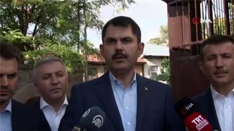 Bakan Kurum Başkent'teki kentsel dönüşüm için sahaya indi