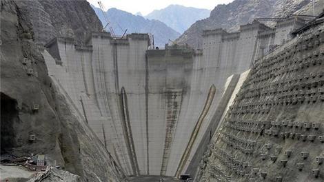 Yusufeli Barajı'nda gövde yüksekliği yarılandı