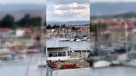 İzmir'deki depremde tsunami anı!