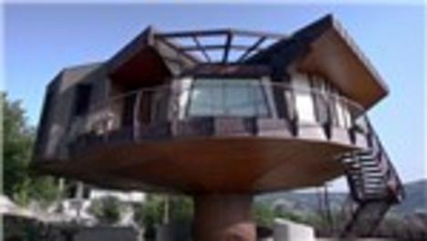 Bu ev 360 derece dönüyor!