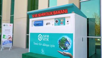 """Çevre ve Şehircilik Bakanlığı çalışanları """"Atıkmatik"""" ile çevreye ve bütçelerine katkı sağlıyor"""