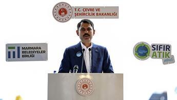 """Bakan Kurum: """"Marmara Denizi'mizi kurtaracağız ve kaderine terk etmeyeceğiz"""""""